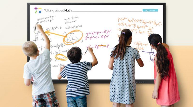 """Samsung crea la próxima generación de aprendizaje  con la nueva pantalla Flip 85"""""""