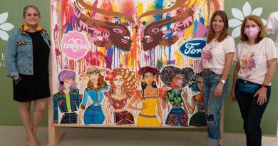 Guerreras Rosadas Ford presenta mural junto a FundAyuda para concienciar sobre la prevención del cáncer de mama